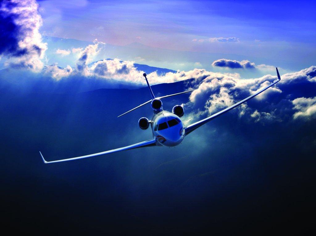 него картинки с самолетами для поздравления сидит фигуре